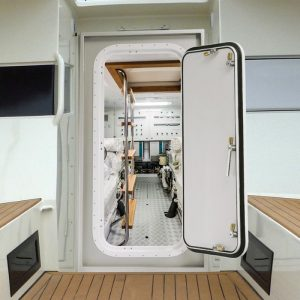 Gineico-Marine-Watertight_Door_Besenzoni