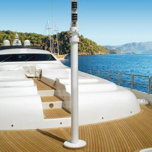 gineico-marine-besenzoni-navigation-mast