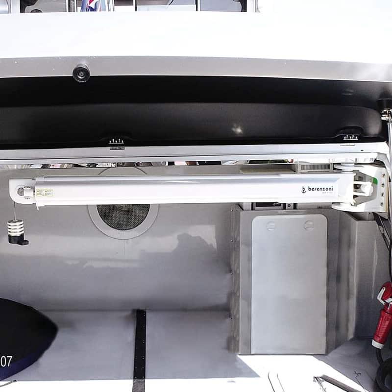 hydraulic crane for superyacht garage installation - G 406 - besenzoni - gineico marine
