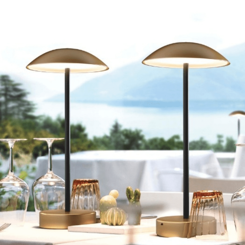 Umbri-rechargeable-table-lamp